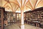 Bibliothek im St. Nikolaus Hospital