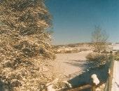 Stahlblauer Winterhimmel