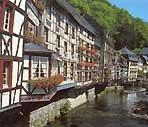 Um die Perlenbachtalsperre nach Monschau