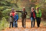 Wanderer im Zentrum: Erkunden drinnen und draußen